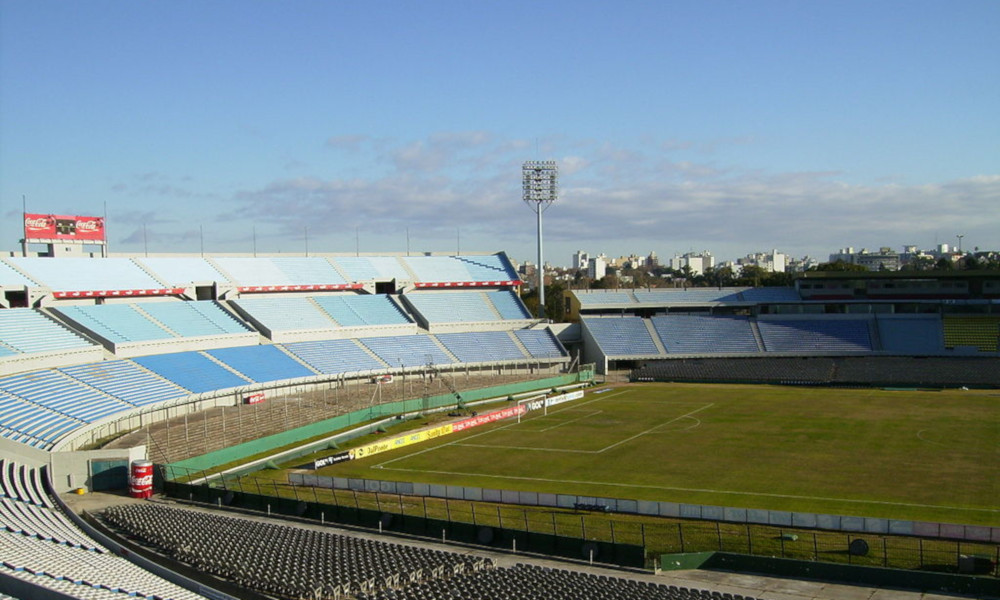 Tribuna Colombes Estadio Centenario